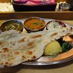 スープカレー&ネパールカレー スーリヤ - 料理写真:2カレーセット