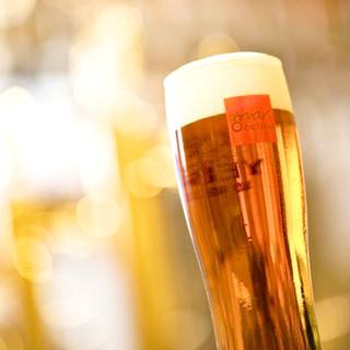 ビールの季節到来!定番から厳選クラフトビールまで豊富にご用意