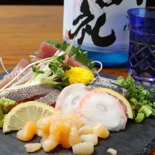 こだわりの鮮魚と美味しいお酒