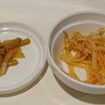台湾料理故宮 - 台湾料理 故宮 @渋谷 ランチに付く千切り搾菜と小菜はモヤシナムル