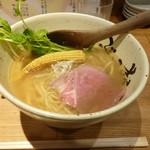 牛骨ら~めん ぶっこ志 北浜店 - 牛塩清湯