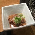89079005 - 大山黒牛焼肉定食(ランチ)の小鉢(ホルモン煮込み)