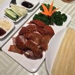 89085648 - 北京ダックを自分で巻く  肉もたっぷりで皮シットリ