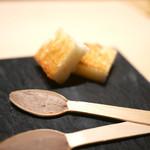 中目黒 いぐち - レバーパテ&自家製パン
