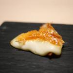 中目黒 いぐち - カチョカバロチーズ焼き(北海道十勝新田牧場より空輸)