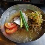 てじ韓 - 辛ネギ冷麺  780円