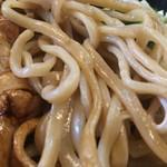 立川マシマシ  - この麺も悪くない