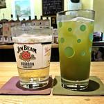 下総屋 - ジムビームハイボール ¥530 / 緑茶割り(抹茶)¥430