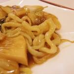 上海豫園 - 麺は太目
