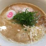 中華そば桐麺 - 料理写真:鶏そば醤油¥800