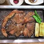 肉料理 やきすき やんま - 和牛カルビ定食(アップ)