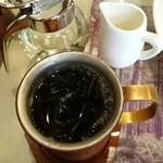 チェリー - ドリンク写真:アイスコーヒー 300円 この日は割引価格 通常は500円