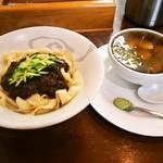 刀削麺 丸新 - ジャージャー麺 & 鶏茶漬け