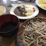 めし・カフェ・一風来 - 手打ち蕎麦カレーセットです。