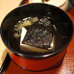 瓢亭 - 海苔と豆腐の吸い物