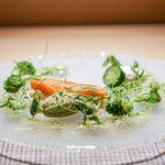 ガストロノミーソール ヤナギヤ - サツキマスの燻製サラダ