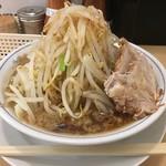 ラーメン大 - らーめん200g(¥680)野菜増し味濃いめ