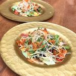 ココシエール - 前菜 / 桜エビと水菜のサラダ