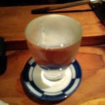 89115074 - 波なみ注がれる日本酒