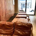 obi Hostel & CAFE BAR - テーブル席