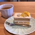 コンコント菓子店 - 料理写真:季節のショートケーキ & 加賀焙じ茶