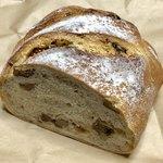 パン屋 Sora - 料理写真:イチジクとクルミのパン
