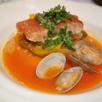 89126985 - 赤魚のカルディラーダ(魚介の出汁と野菜の甘味のトマトソースで)