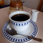 エレーナ - セットのホットコーヒー