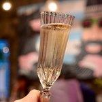 eplus LIVING ROOM CAFE&DINING - まずはシャンパンで乾杯!