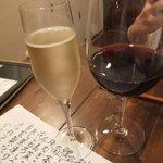 ワイン食堂 つれづれ - 泡とピノ