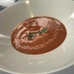 89148103 - 本日のスープ、中に色々な食材が詰まっていて、目の前で、最後の仕上げがされます。