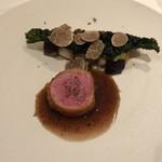 a.ligne - 仔羊のロティに加茂茄子と蕪黒キャベツのフリットサマートリュフを掛けて