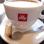 ビストロ イージーリビング - コーヒーにビスコッティも一つ付いて来ました❤