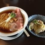 麵処清水 - 煮干しチャーシュー ワンタン皿