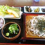Shiraitoan - そば定食セット900円