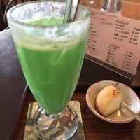 レストスマイル-クリームソーダ混ぜ混ぜ後!