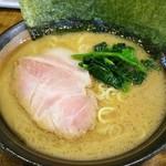 麺処謹ちゃん - ラーメン 700円
