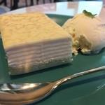 バイミースタンド - ミルクレープケーキ(アイス添え)