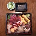 お食事処 石 - 海鮮重1,200円
