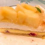 89166015 - 桃とチーズのタルト。