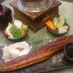 銀シャリ.カフェ - 鰻で銀シャリ