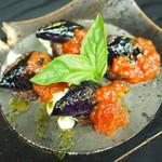 おり座 - 茄子と京ロクジョウフのモッツァレラチーズ炙り