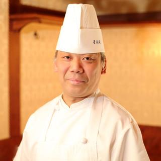 松本哲尚氏(マツモトテツヒサ)─肉の旨味を引き出す職人技