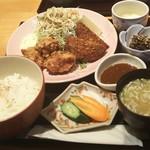 89171507 - イカメンチと鶏唐揚げ定食