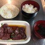 神保町食肉センター - ランチ45分食べ放題(950円) 2018.5