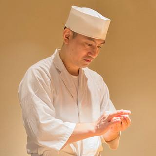 岩澤資之氏(イワサワモトユキ)─品位と粋が光る端正な握り