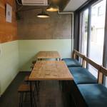Saten - 喫茶店っぽさは無く、お洒落なコーヒースタンド的な空気感4