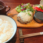 梅田肉料理 きゅうろく - 黒毛和牛ハンバーグランチ