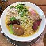 竹末東京Premium - 料理写真:味玉鶏ホタテそば(大盛り)