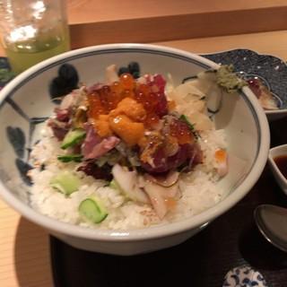 みわ久 - 料理写真:海鮮丼 竹